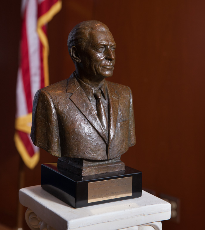 Dodd Prize statue